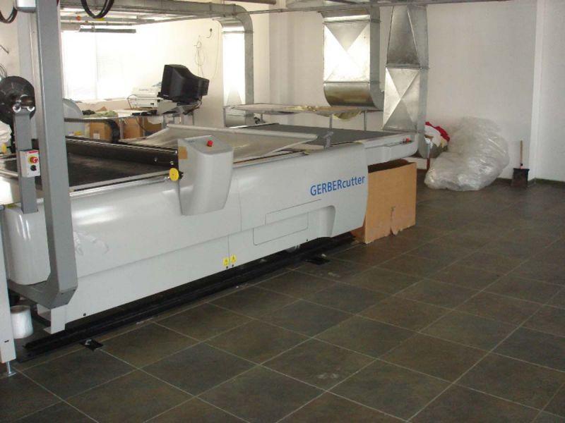 Кроялна и отрезна машина за текстил Gerber Machtechnica