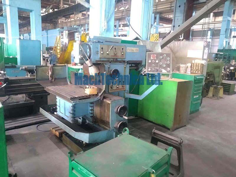 TOS FNGJ 32 Milling machine
