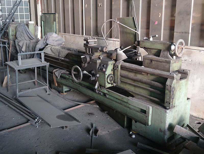 Universal lathe SU582 BULMAK