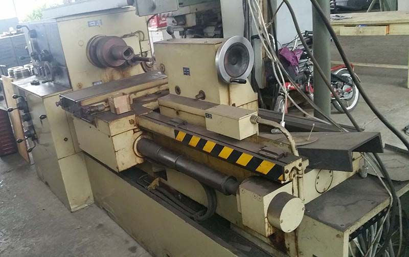 Relieving lathe NILES DH250/4