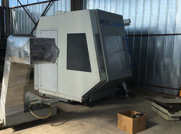 MIKRON UMC 710/900 Machining center